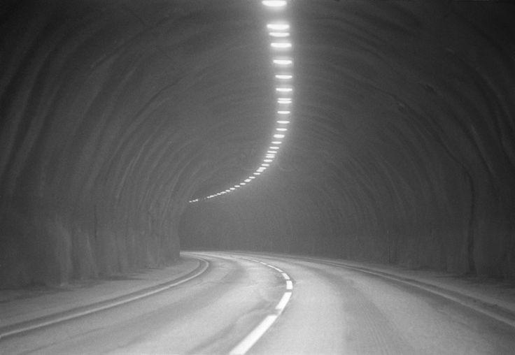 Tom Sandberg, Untitled, 2004, Silverprint on aluminium, 52 x 70 cm