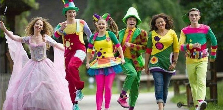 Gașca Zurli este formată din oameni talentați care se dedică pentru a îi face fericiți pe cei mici. Astfel, Zurli este cea mai mare companie privată de animație pentru copii, din România. În plus, dacă doriți să le organizați petreceri celor mici, Gașca Zurli vă stă la dispoziție. Ceea ce trebuie să știți este că aceștia au transformat ideea de educație (plictisitoare, neatractivă pentru copii) într-un spectacol al imaginației. Așa că, pe site-ul lor găsiți destule cântece pe care sigur cei…