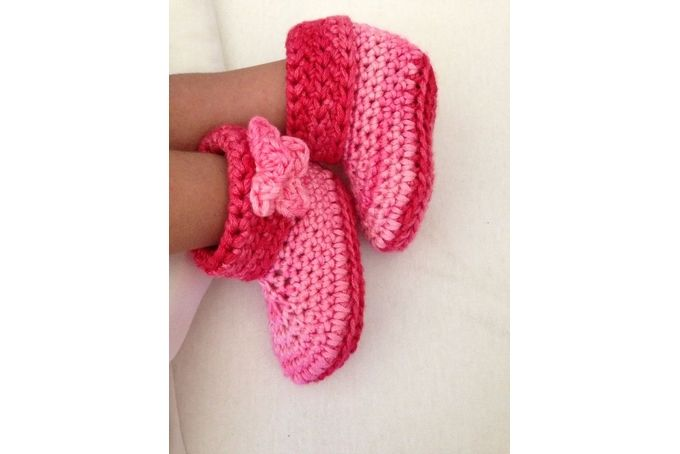 Bamboo Booties in Raspberry 3-6 months by Niabi Studios