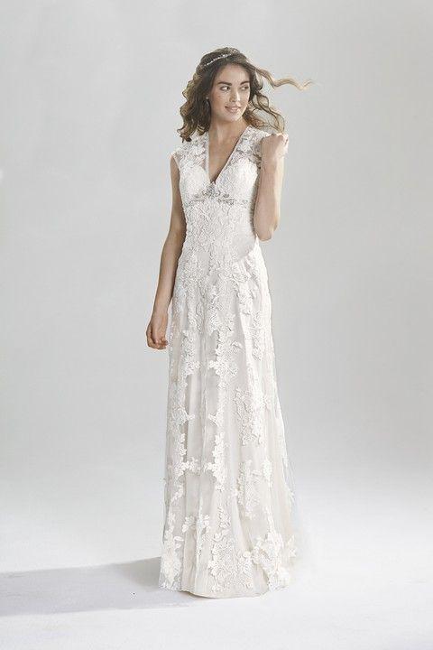 Krajkové svadobné šaty Svadobný salón Valery
