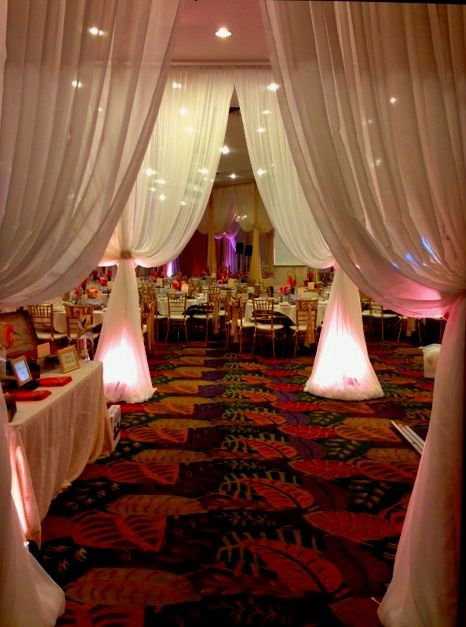 Entrance at the cupertino dynasty restaurant wedding