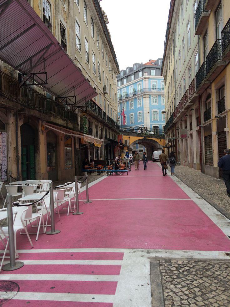 Rua Nova do Carvalho, #Pink street in #Lisboa