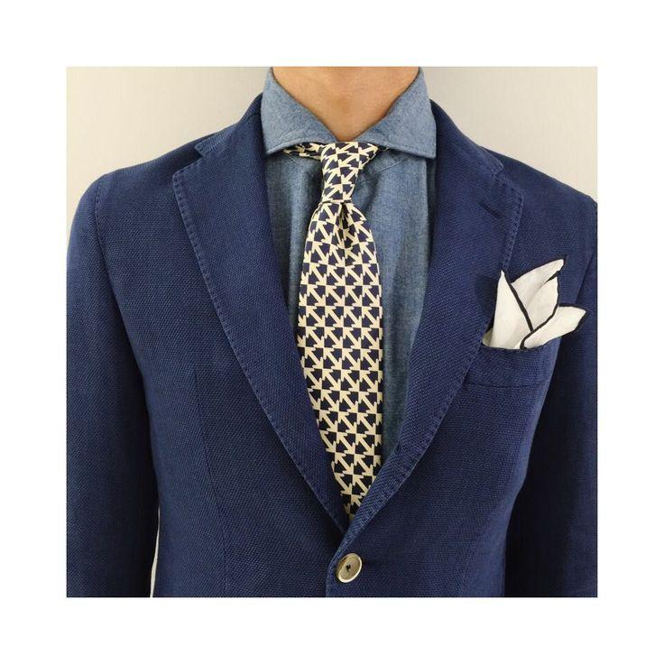 デニムシャツにコットンリネンジャケットとベースカラーをリンクさせた柄の36オンスタイ! 鎌倉シャツコーデ