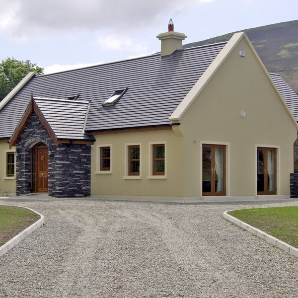 Vacation Cottage In Beaufort House Designs Ireland Bungalow Exterior House Paint Exterior