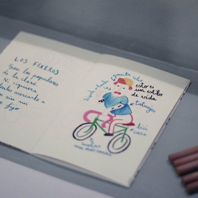 """Ya está disponible en Biciutat (c/serpis 32) mi #fanzine """"Para ti, que eres ciclista"""". La foto es de la expo de la presentación del pasado viernes de la mano de @milkglass_m #bike #fixed #fixie #bici #valencia #drawing #illustration"""