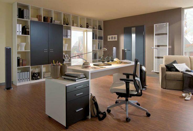 Bureau en kantoor/boekenkast exact op maat gemaakt in de door u gekozen materialen | Bekijk alle mogelijkheden op http://www.comfortinstijl.nl/kantoorkasten/ #werkplek #kantoorkast