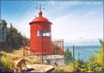 Sur une idée de mon ami Kévin, Kéké pour les intimes, nous embarquons maintenant pour une balade découvertevers les phares du Morbihan. Le saviez vous ? Le Morbihan est le seul département frança…