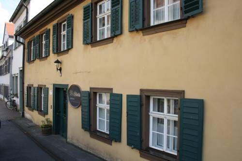 Zum alten Häusla (***) ALCANDRO GALLERIA has just reviewed the hotel Zum alten Häusla in Bamberg - Germany #Hotel #Bamberg http://www.cooneelee.com/en/hotel/Germany/Bamberg/Zum-alten-H%c3%a4usla/2097118
