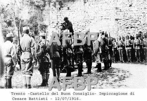 L'impiccagione di Cesare Battisti nel castello del Buon Consiglio di Trento