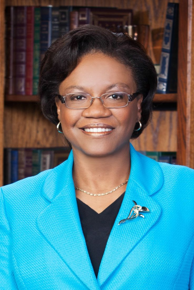 Dr. Kimberly Beatty named new MCC chancellor; public reception June 19 – MCC Newsroom