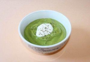 Supa crema mazare cu pui sau galbenus