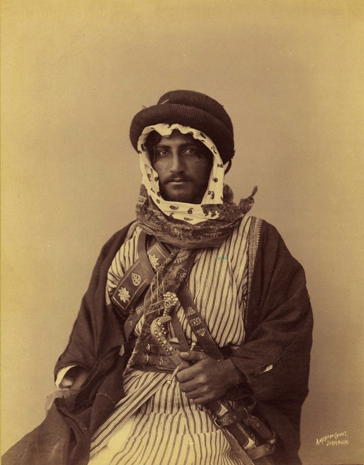 Bedouin Man, Palestine, 1909  I had no idea agals could be that big!