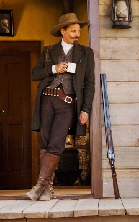 "Viggo Mortensen in ""Appaloosa"""