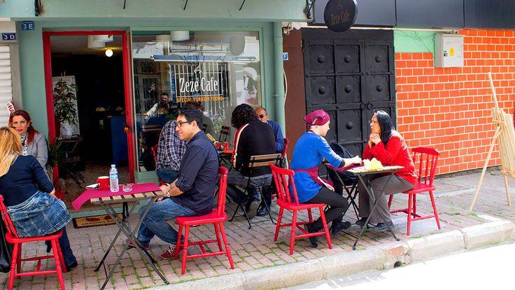 Zeze Cafe - Antalya cafeler. Zamanın içinden.
