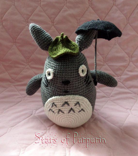 Totoro con su paraguas y hoja  Mi vecino Totoro por StarsOfPurpurin