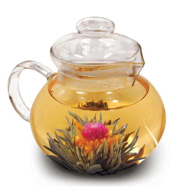 Вязаный чай с цветком. Распускается при заваривании.