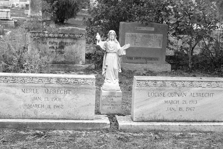 Get Savannah Ghost Tours in Savannah, , GA. Read the 10Best Savannah Ghost Tours reviews and view user's ghost tour ratings.