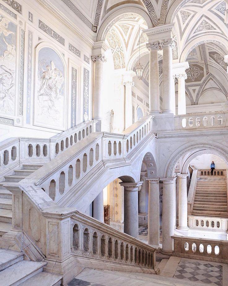 #SaturdayVisit A stunning monument not to miss in Catania: il Monastero dei Benedetti di San Nicolo.   Photo: IG setteetredieci.