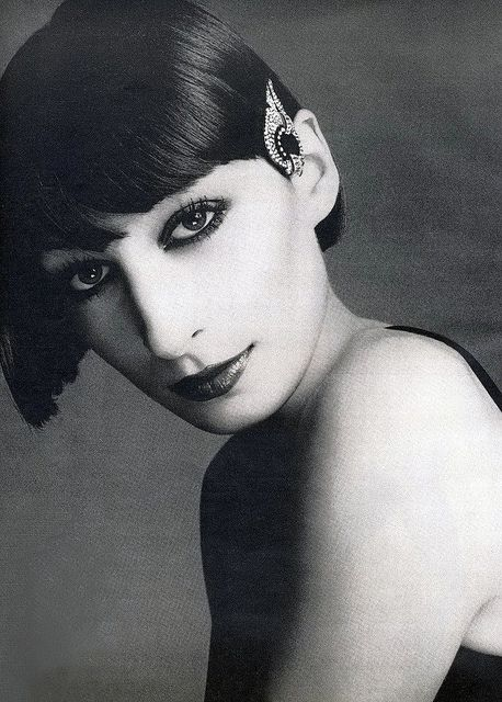 Anjelica Huston, photo by Richard Avedon for Vogue 1973 from hoodoothatvoodoo: Vogue 1973, Cute Pet, Richardavedon, Anjelica Huston Young, Angelica Houston, Celebrity Galleries, Anjelica Houston, Lovers Photography, Angelica Huston
