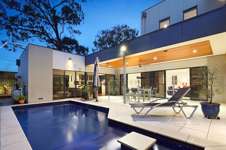Templestowe house with inviting backyard pool