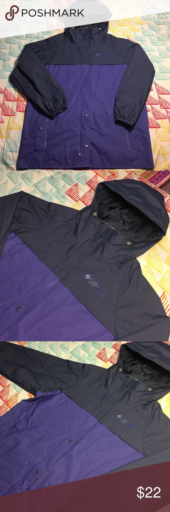 Columbia Sportswear Zip Up Rain Style Jacket Size Medium - Condition 9.9/10 Columbia Jackets & Coats