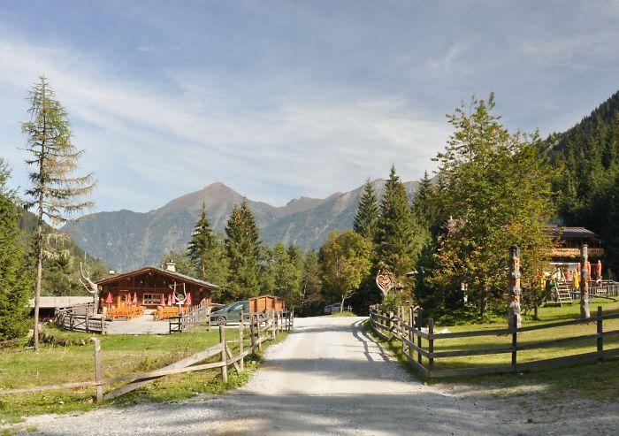 Hirschenhütte, Angertal