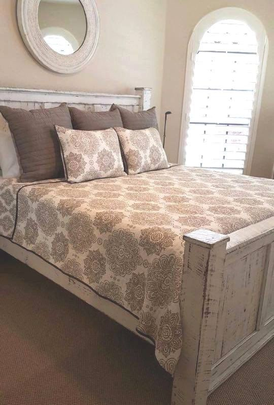 queen size bedroom set includes a queen size bedframe with rails and 2 side