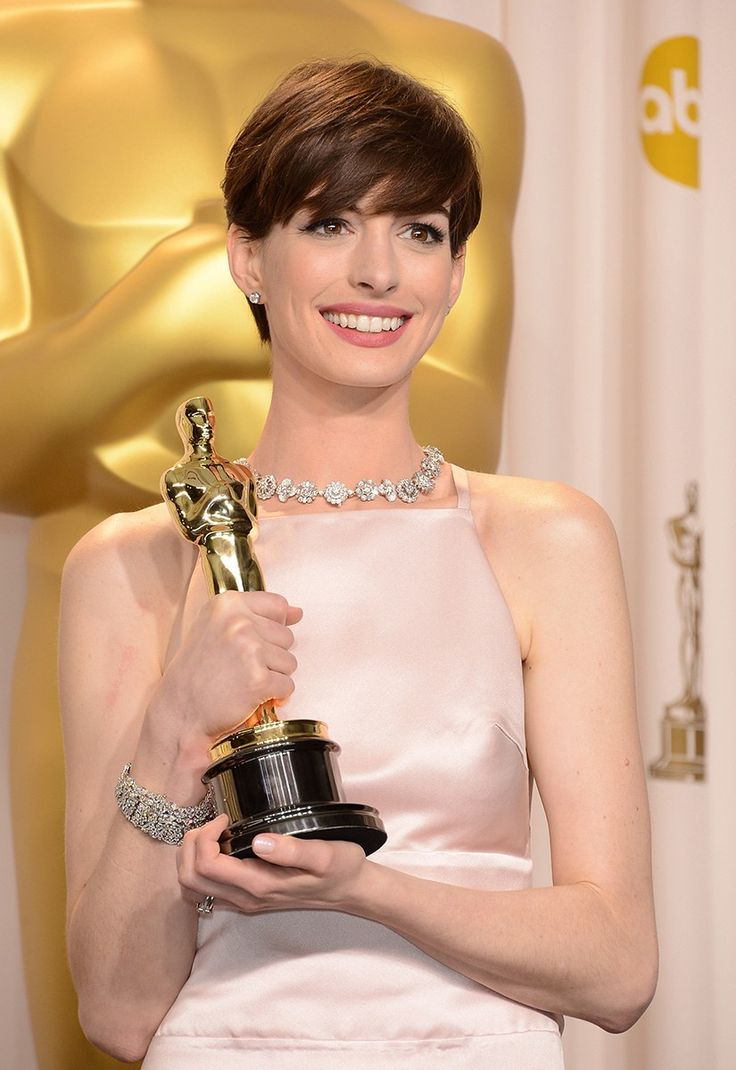The Best Oscars Beauty Looks of All Time, From Winona Ryder to Natalie Portman