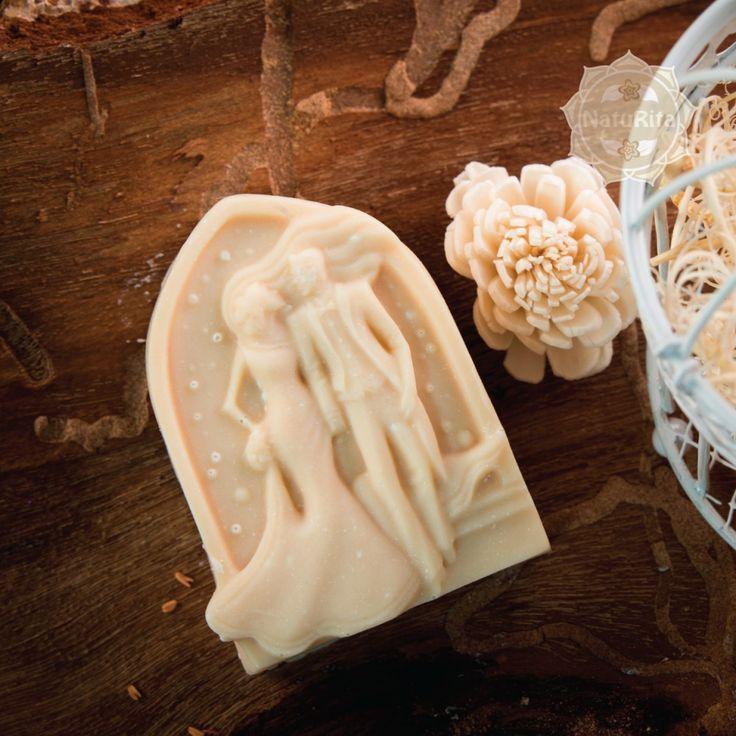 Esküvői köszönetajándék - Esküvői pár szappan organza tasakban