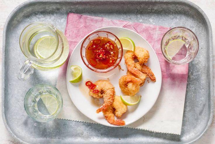 Pittig dippen met een sausje van rode peper, gember, vissaus en kokospalmsuiker - Recept - Allerhande