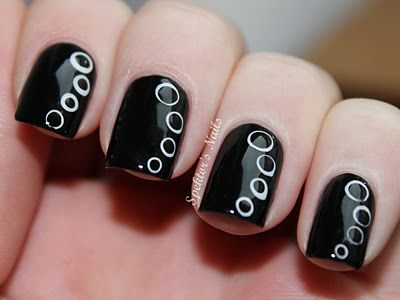 More Circles! nail art: two color colour design: black (Essence Circus Circus LE) base with white (China Glaze Snow) and black (OPI Black Onyx) dots spots | Spektor's Nails #grunge #monochrome #spring #summer #autumn #fall #winter #formal 2013