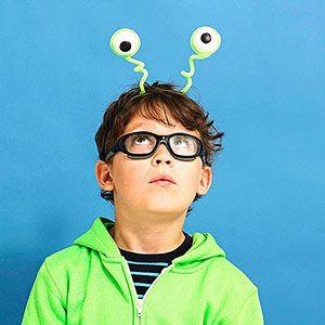 Simple Alien Invader Pipe Cleaner Costume