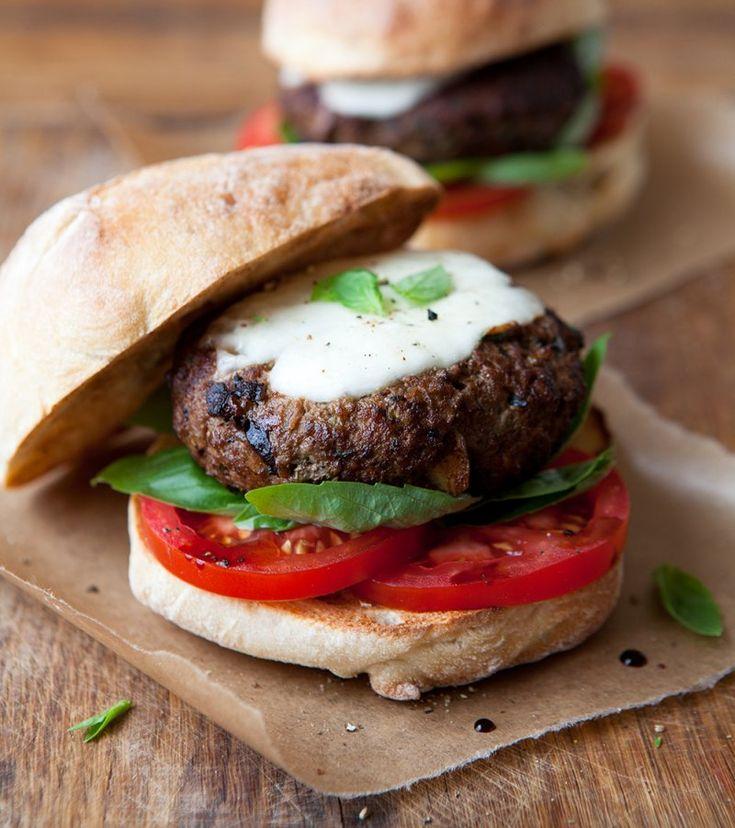 Mediterranean beef burgers