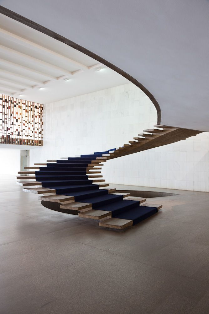 What beautiful lines! Not sure how he got this past building control though??? Oscar Niemeyer