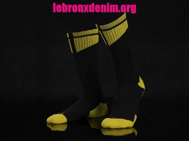 Black Yellow Jordan AJ Dri-Fit Crew Sock Mens [Lebron X Denim 255]