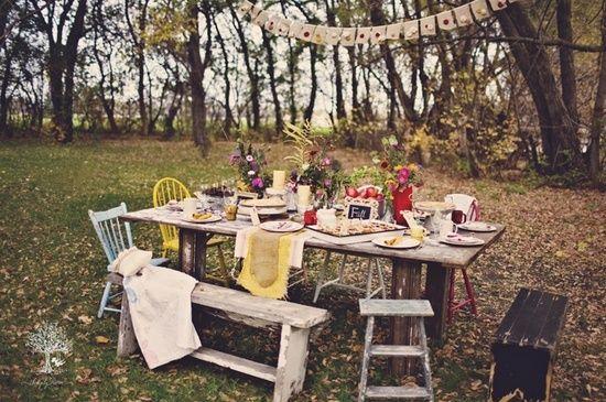 семейный пикник осенью: 5 тыс изображений найдено в Яндекс.Картинках