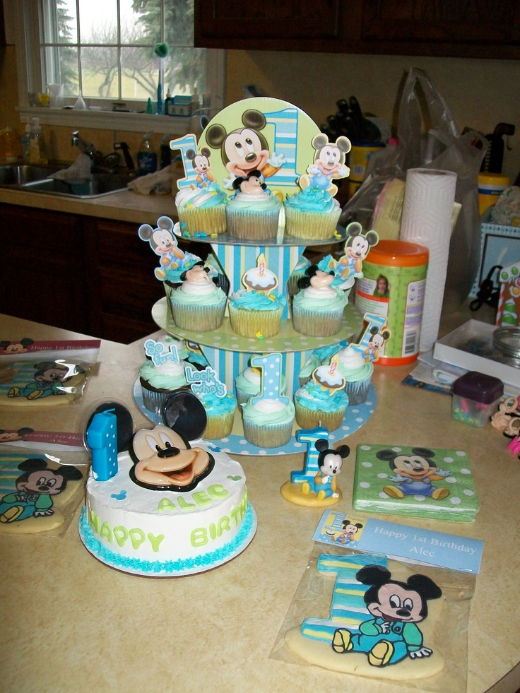Birthday Parties  Boys Birthday  Birthday Cupcakes  Smash Cake  1St    Mickey Mouse 1st Birthday Cupcakes