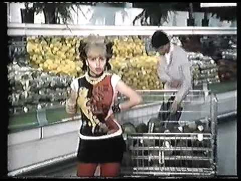 Años 80 - Alaska y los Pegamoides. Horror en el Supermercado.