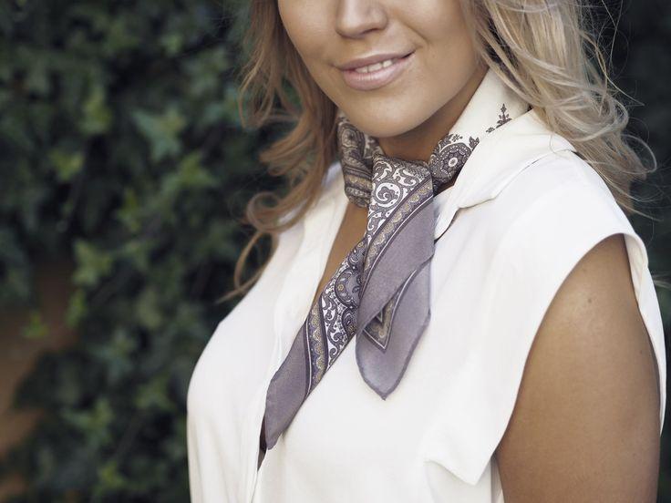 Verona silk scarf, 70x70cm, nutria