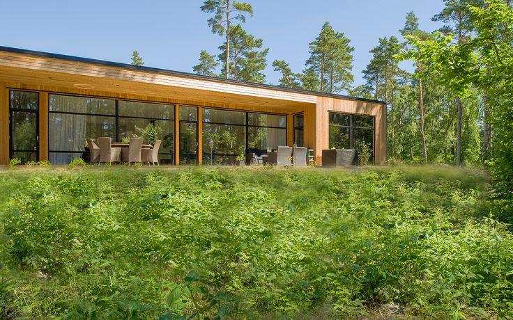 """Modernt hus A3072  """"Alla familjer är olika – därför är varje Willa Nordic unikt!"""" www.willanordic.se"""
