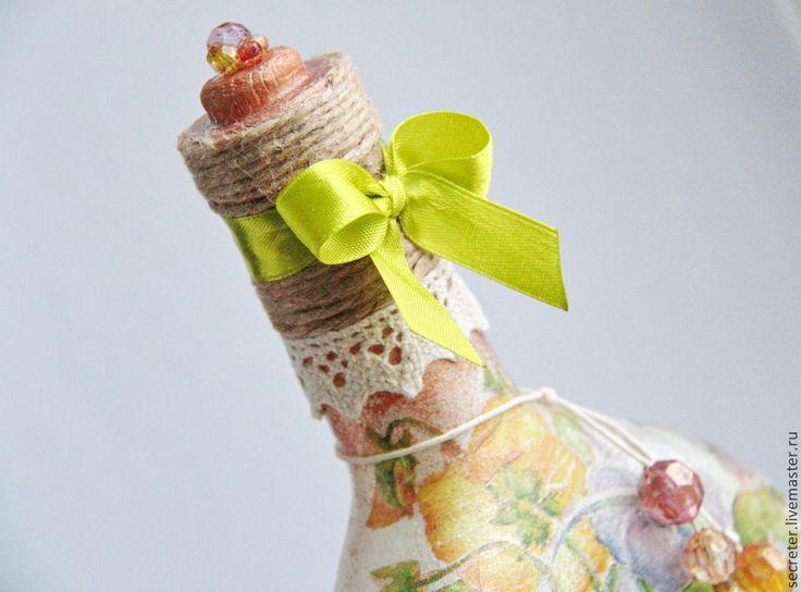 """Декоративная бутылка """"Фиалки"""" - разноцветный, декупаж бутылки, Декоративная бутылка, декоративные элементы"""