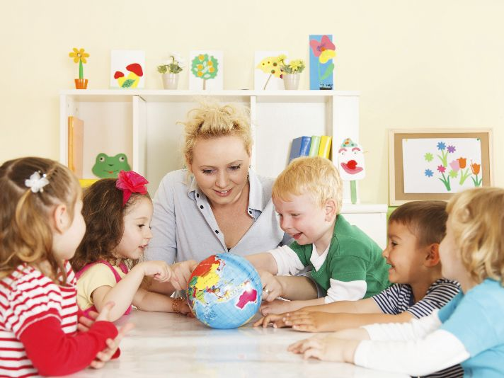 """How to Prevent """"Brain Drain"""" in Children This Summer 
