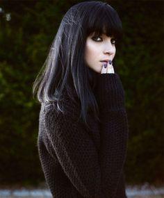 黒髪ストレート=冬