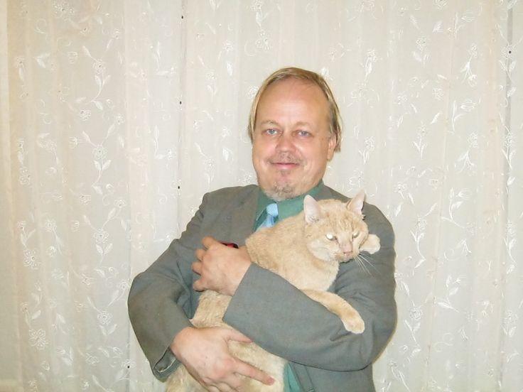 Veli Kuparinen and the cat