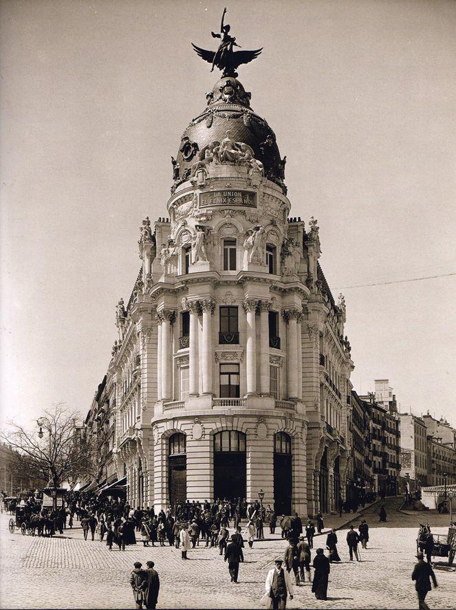 Madrid, Edificio de la Unión y el Fénix, recién inaugurado, 1910. Ch.Franzen. Archivo Monasor.