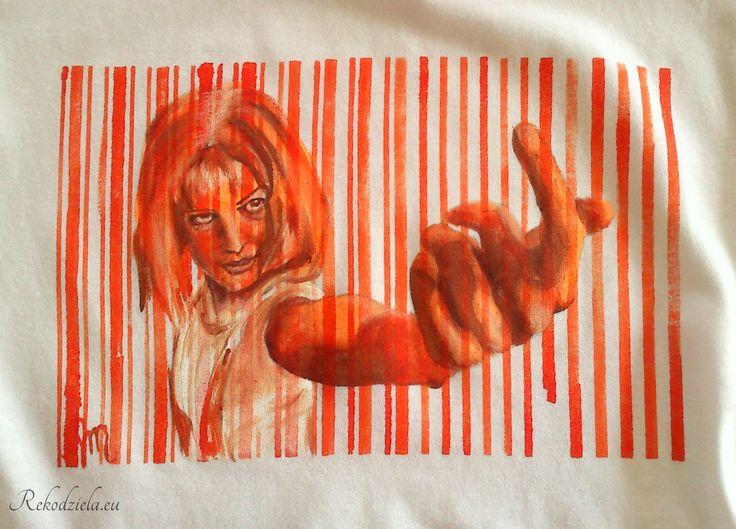 Leeloo Inspiration from The Fifth Element, painted in orange and brown. Dostępna: http://www.rekodziela.eu/sklep/dla-kobiet/ubrania/koszulka-leeloo