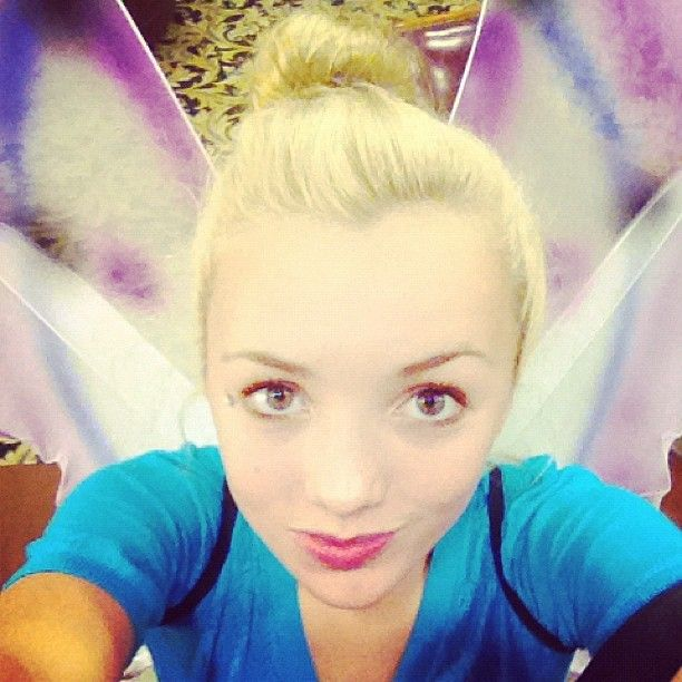 Peyton List Is A Pretty Fairy Rehearsing On Set Of Jessie! (@PeytonList) via alexisjoyvipacc