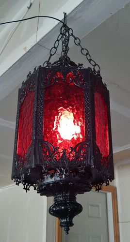 Fantastic haunt lighting yard sale find by Halloween Forum member Name:  lamp3.jpg Views: 9 Size:  66.7 KB
