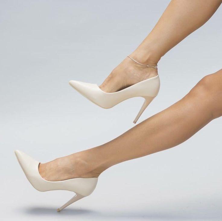 Pantofi Stile Bej Pret: 109.00 Lei - https://goo.gl/VQuF1D #cutoc