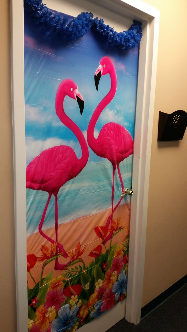 Hawaiian Office Decor 13